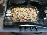 Zapečená zelenina se sýrem a vajíčkem